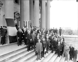 France gives two Sèvres Vases to the U.S. Senate, September 24, 1918