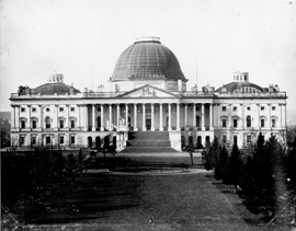 Photograph of U.S. Capitol Building with low dome.